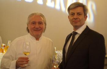 Alain Dutournier et Ludovic David, directeur du château Marquis de Terme